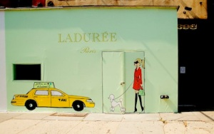 2013_12_laduree-soho-8